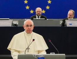 """Papież Franciszek w PE: orędzie do """"wszystkich obywateli Europy"""""""