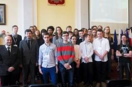 Co młodzież wie o Unii Europejskiej?