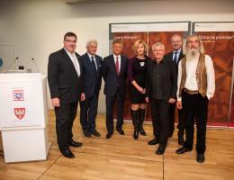 """""""Niemiecka wolność zależała również od Polaków"""" – otwarcie wystawy """"Lernt Polnisch"""" w Brukseli"""