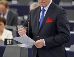 W sprawie migracji konieczna jest międzynarodowa współpraca – Andrzej Grzyb w czasie debaty