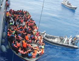 Kryzys migracyjny – debata po spotkaniu UE-Turcja i głos Andrzeja Grzyba
