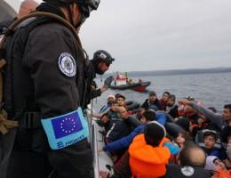 Parlament poparł plan utworzenia wspólnej europejskiej straży granicznej i przybrzeżnej