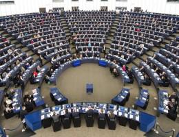 Sesja Plenarna w Strasburgu – obronność i Brexit