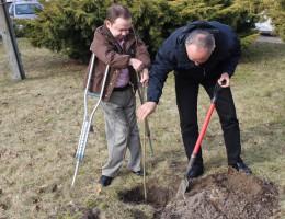 """""""Drzewo dla Polski"""" – podjęli wyzwanie i nominowali kolejne osoby."""