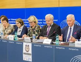 Likwidacja zmiany czasu na poziomie UE? Europosłowie apelują do KE.