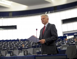 Europejczycy oczekują większego zaangażowania UE na rzecz bezpieczeństwa i obrony