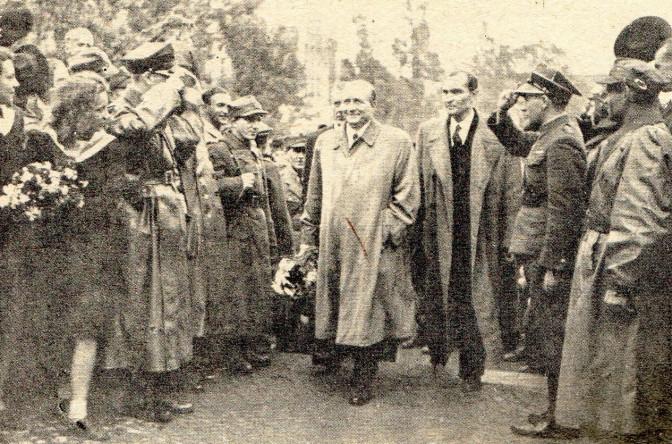 Stanisław Mikołajczyk w Poznaniu w 1945r.