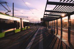 Efektywne rozwiązania dla czystego transportu publicznego w UE