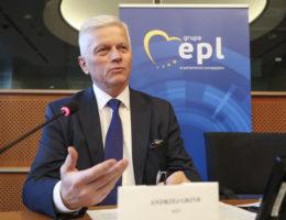 Andrzej Grzyb: spolaryzowany PE – to konfliktogenne decyzje