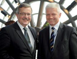 W Słupcy poseł dr Grzyb przypomniał, że za sprawą ludowców to tu Prezydent RP Bronisław Komorowski ustawą przywrócił w Wielkopolsce Sądy Rejonowe